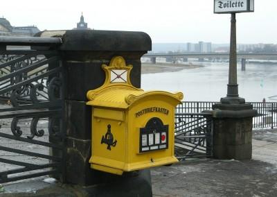 mailbox-378092_1280